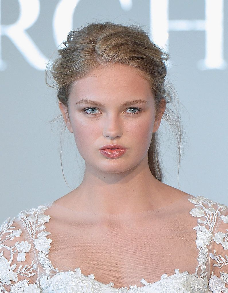 Zoom In on the Regal Hair and Makeup Looks From Bridal Fashion Week ...
