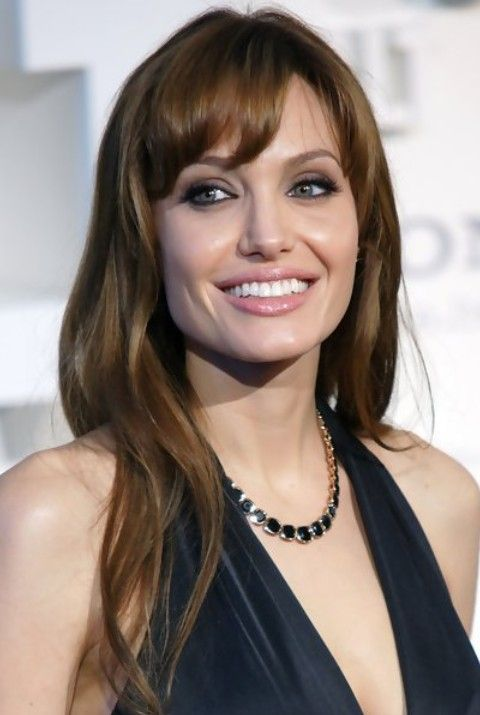 33 Angelina Jolie Hairstyles Angelina Jolie Hair Pictures Pretty Designs Angelina Jolie Hair Long Hair Styles Hairstyle