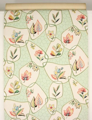 1930s Vintage Wallpaper Red Blue Flowers on Green #blueflowerwallpaper