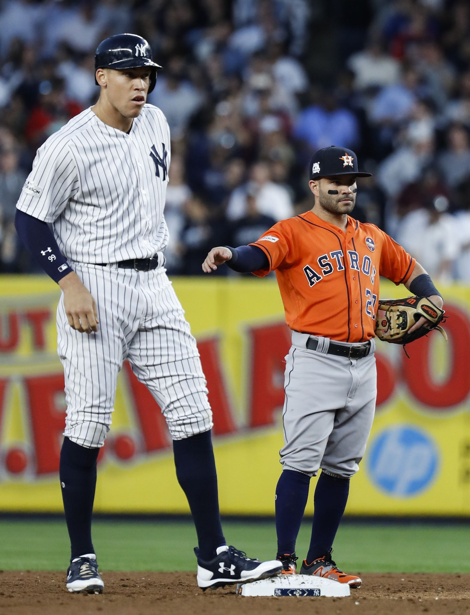 Pin By Paul Kuhn On Sports Photos In 2020 Yankees Jose Altuve Ny Yankees