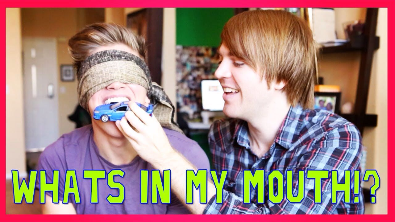 What\'s in my mouth challenge/ what is it challenge\