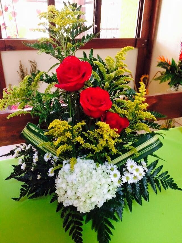 Arreglo Tres Rosas Floristeria Las Flores De Mama Arreglos