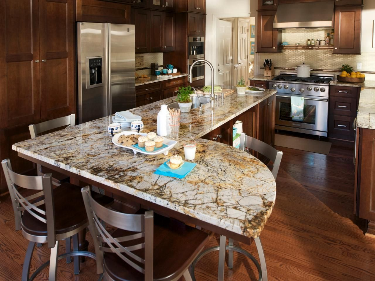 Fixer upper kitchens with dark cabinets - 17 Best Images About Kitchen Designs On Pinterest Transitional Kitchen Cabinet Lights And Wine Chiller