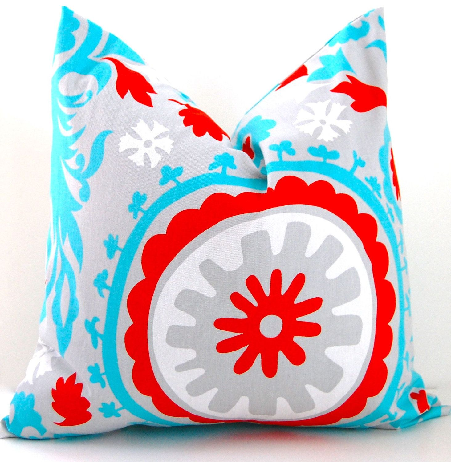 Decorative Throw Pillow Covers Suzani Accent Pillow Covers 18 X 18