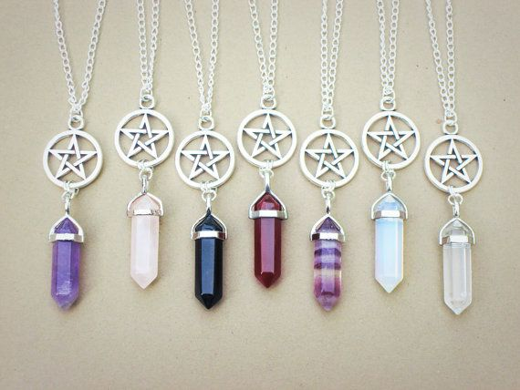Crystal Point Necklace // Pentagram Necklace // Gemstone Necklace // Rose Quartz Fluorite Opalite Amethyst Agate // 90s Grunge Necklace #90sgrunge