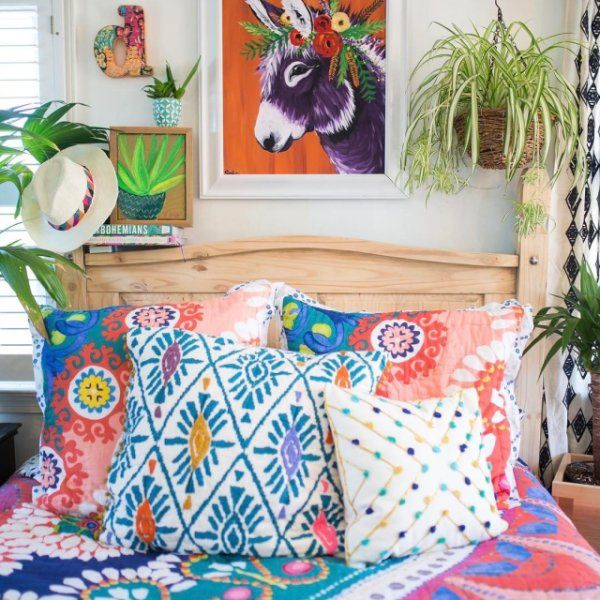 Shop The Tahla Quilt And More Anthropologie At Anthropologie Today Read Customer Reviews Discover Product Details And Mo Mexican Bedroom Decor Bedroom Themes