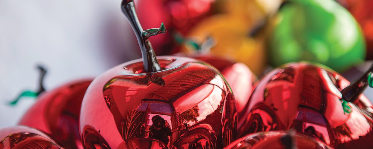 Tlalpujahua...Pueblo Mágico de Michoacán de calles empedradas sobresale el magnífico trabajo de sus artesanos para crear piezas en vidrio soplado, donde te espera la Feria de la esfera.