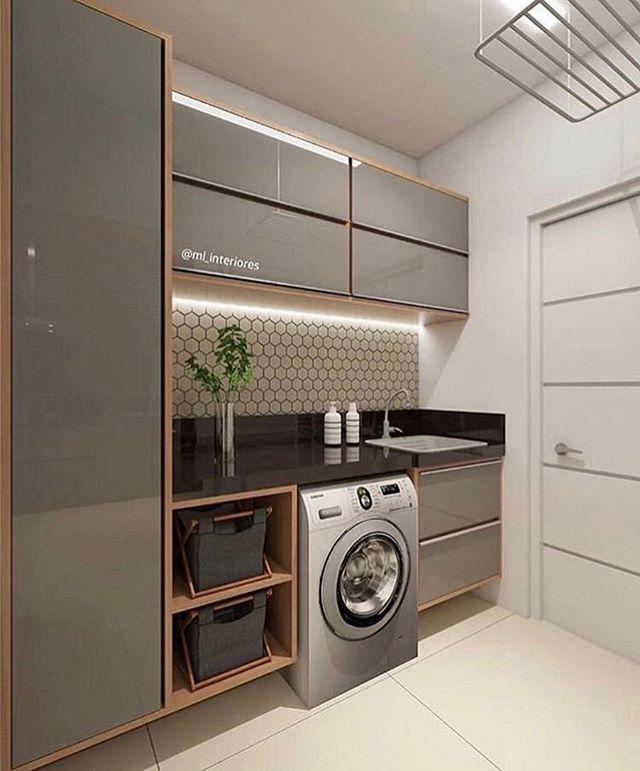 A lavanderia mais linda que você já viu passando pela sua time line... A combinação do preto, fendi e amadeirado ficou um arraso! Lavar…