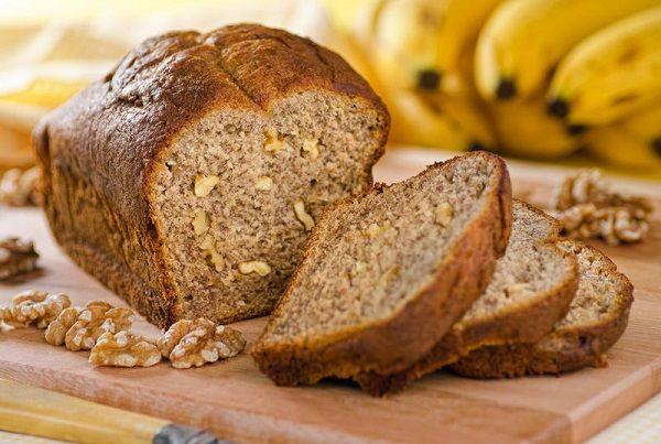 Этот хлеб популярен во всём мире, хотя его родиной называют Америку. Считается, что угостить близкого человека таким хлебом —значит проявить к нему небывалое уважение и гостеприимство!