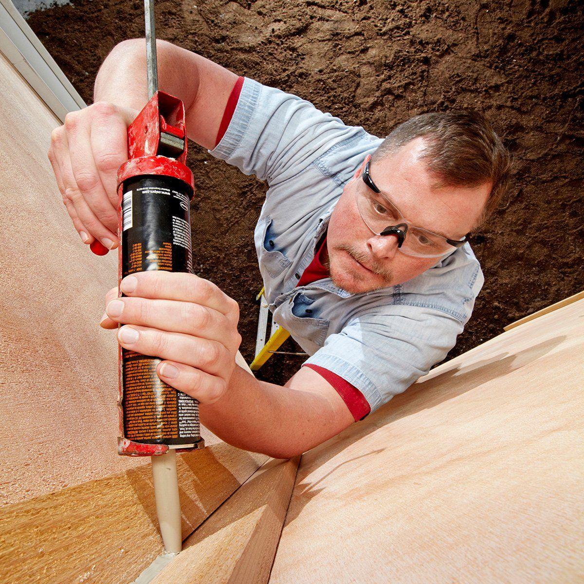 Mark S Caulking Tips With Images Caulking Tips Caulking Diy Home Repair