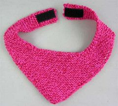 Knit kerchief bib. Free pattern.