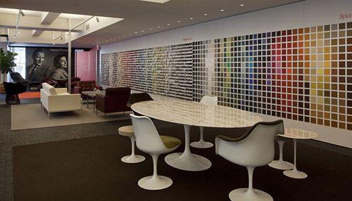 Lladro S New Nyc Design Showroom Features Outstanding Mirror