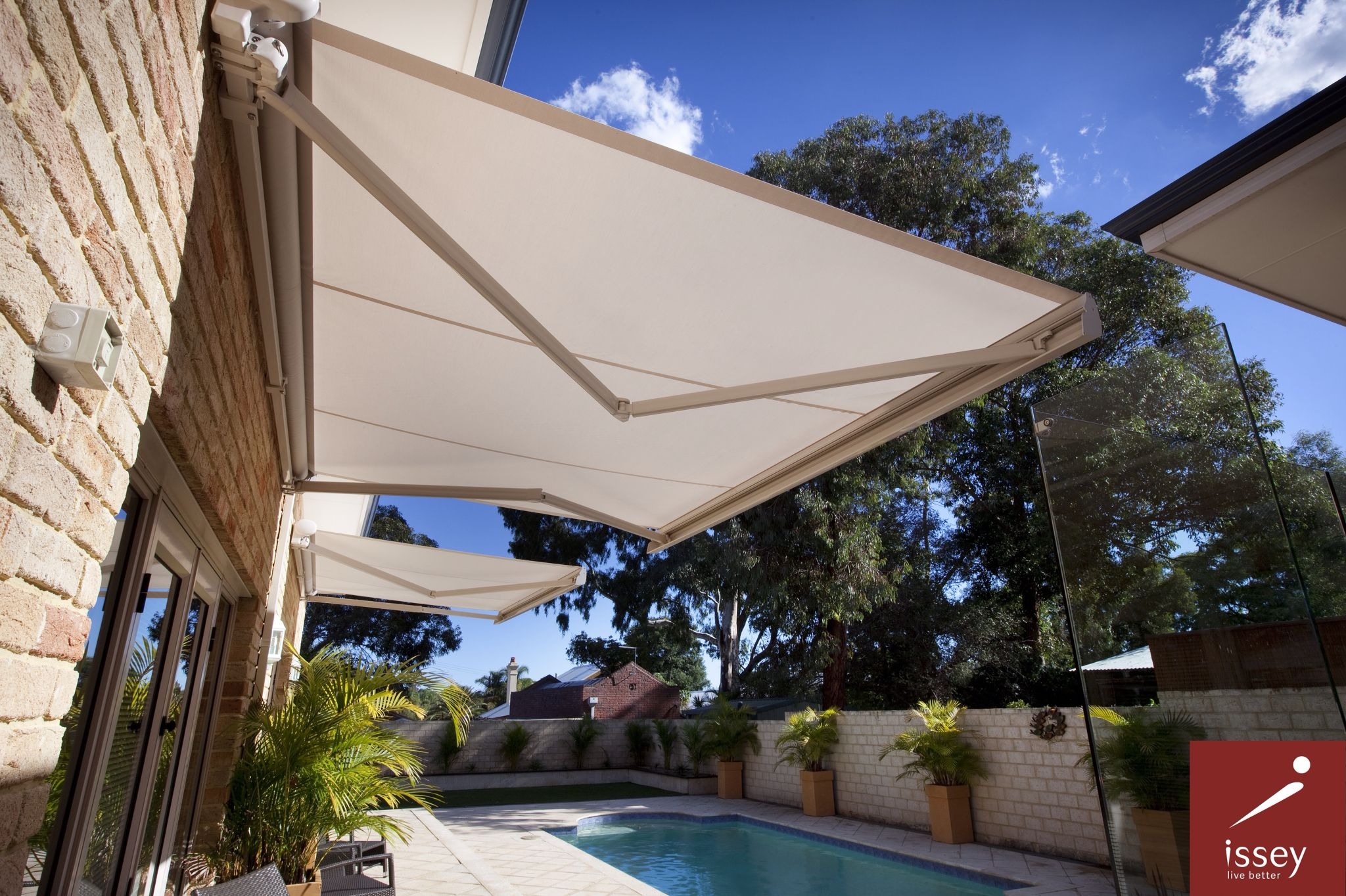 Pin By Issey Sun Shade Systems On Retractable Awnings