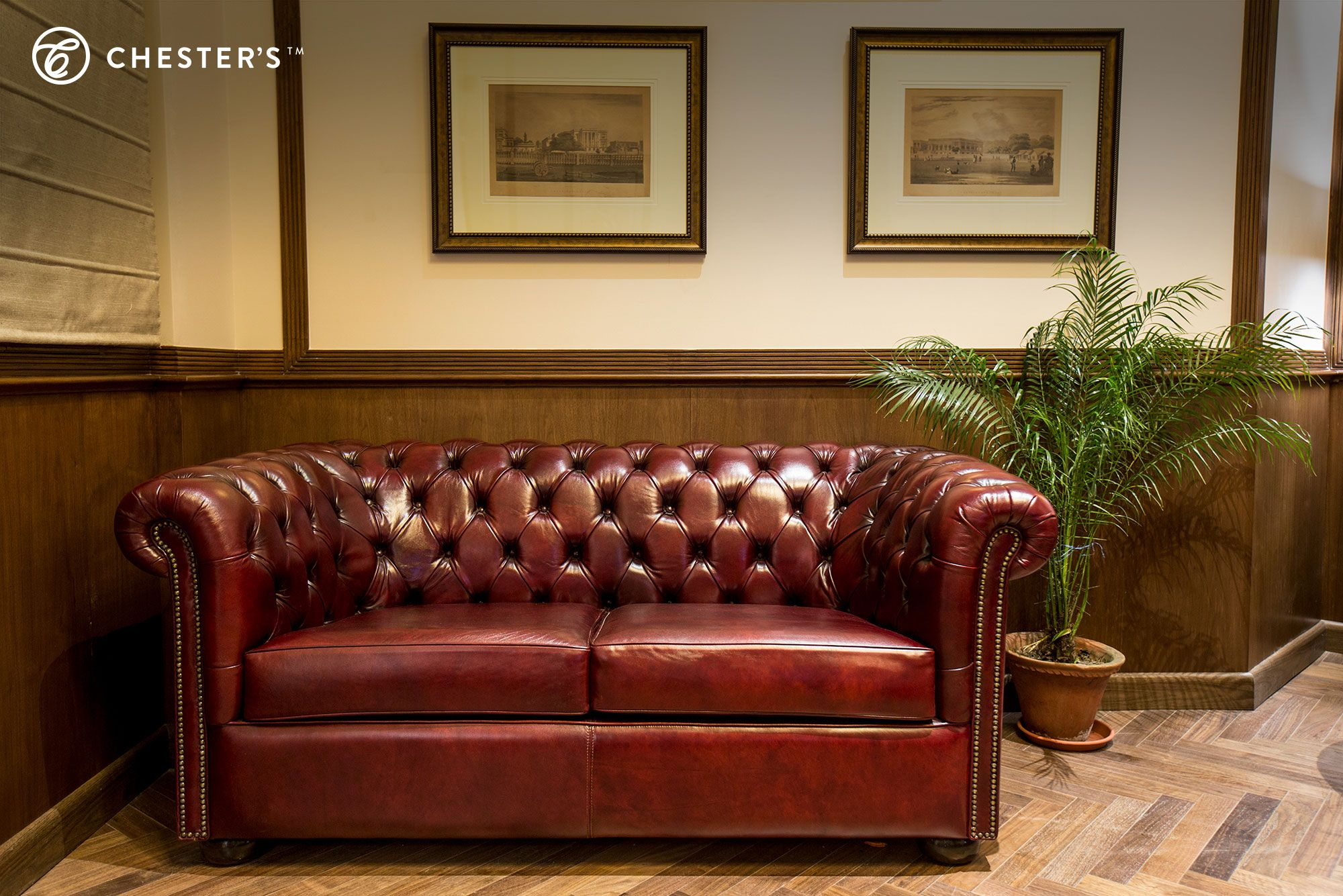 Sofas By Chester S For Places That Are Meant To Create A Distinguished Ambiance Sharing Some Pictures Of Chester S Leather Sofa Furniture Bespoke Furniture