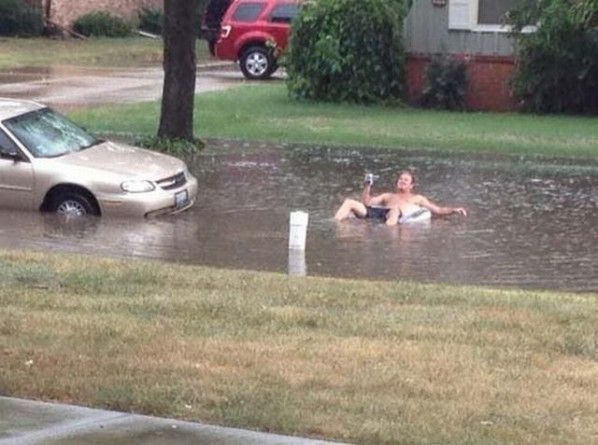 Pin By Clean Rite On Clean Rite Pressure Washing Rain Humor Funny Weather Funny Pictures