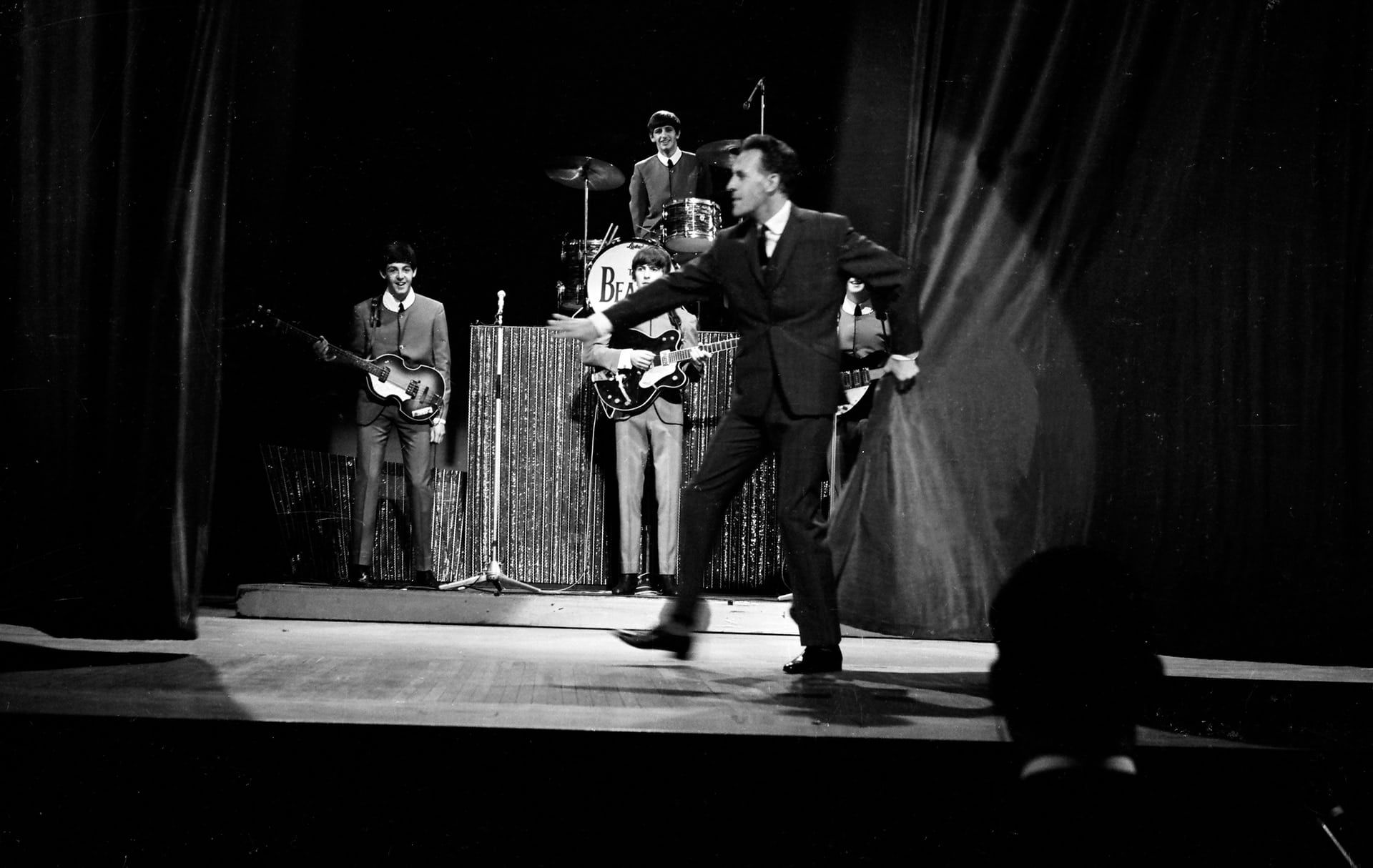Bruce Forsyth Presents The Beatles Sunday Night at the London Palladium  1963 | Beatles one, Pictures, Pop