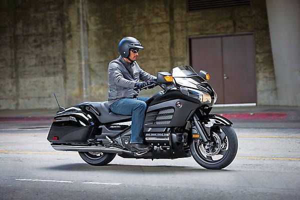 "2018-2019 Honda Gold Wing F6B – the new ""golden wings"" from 2018"
