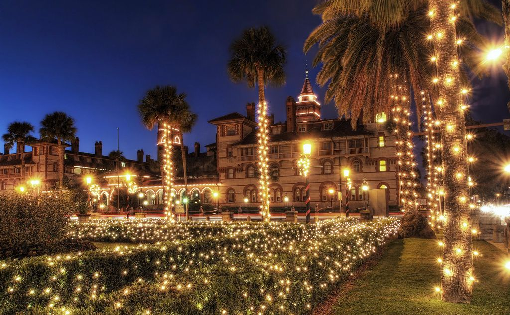 here are the top 10 christmas towns in florida theyre magical