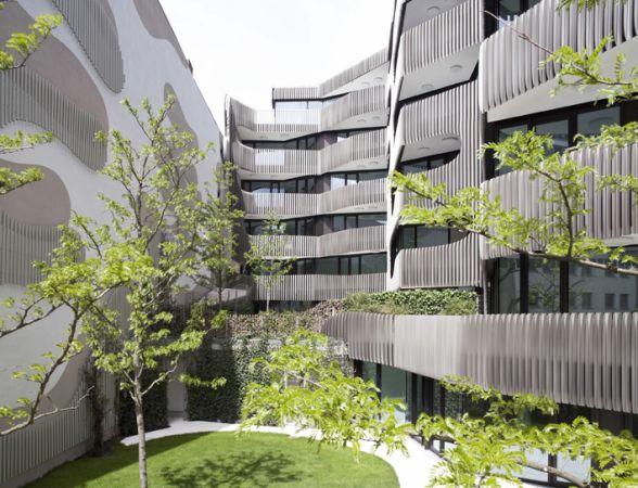 Jürgen Mayer H., Aluminiumfassade, Berlin-Mitte, Wohn- und ...
