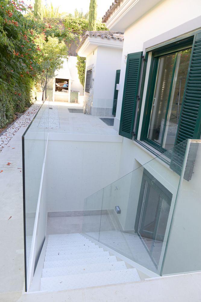ideas de diseño de dormitorio en el sótano Reforma Chalet En 2019 Casa Con Sotano Dormitorios Del