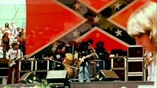 Lynyrd Skynyrd - Sweet Home Alabama (1977), via YouTube.