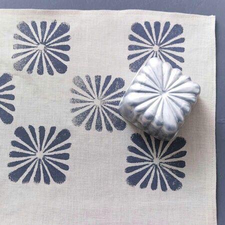 stoffdruck dr cken pinterest stoffdruck textilien und stempeln. Black Bedroom Furniture Sets. Home Design Ideas