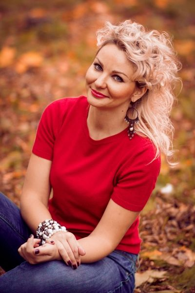 Meet Elegant Ukrainian girl for marriage Lidiya from Ukraine Mariupol at  international Russian dating service This beauty is 35 years old and she is  waiting ...