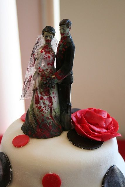 Zombie Cake Topper Bahahaha We Should Have A Walking Dead Not Really Ok Maybe No For Grooms I Ll Allow It