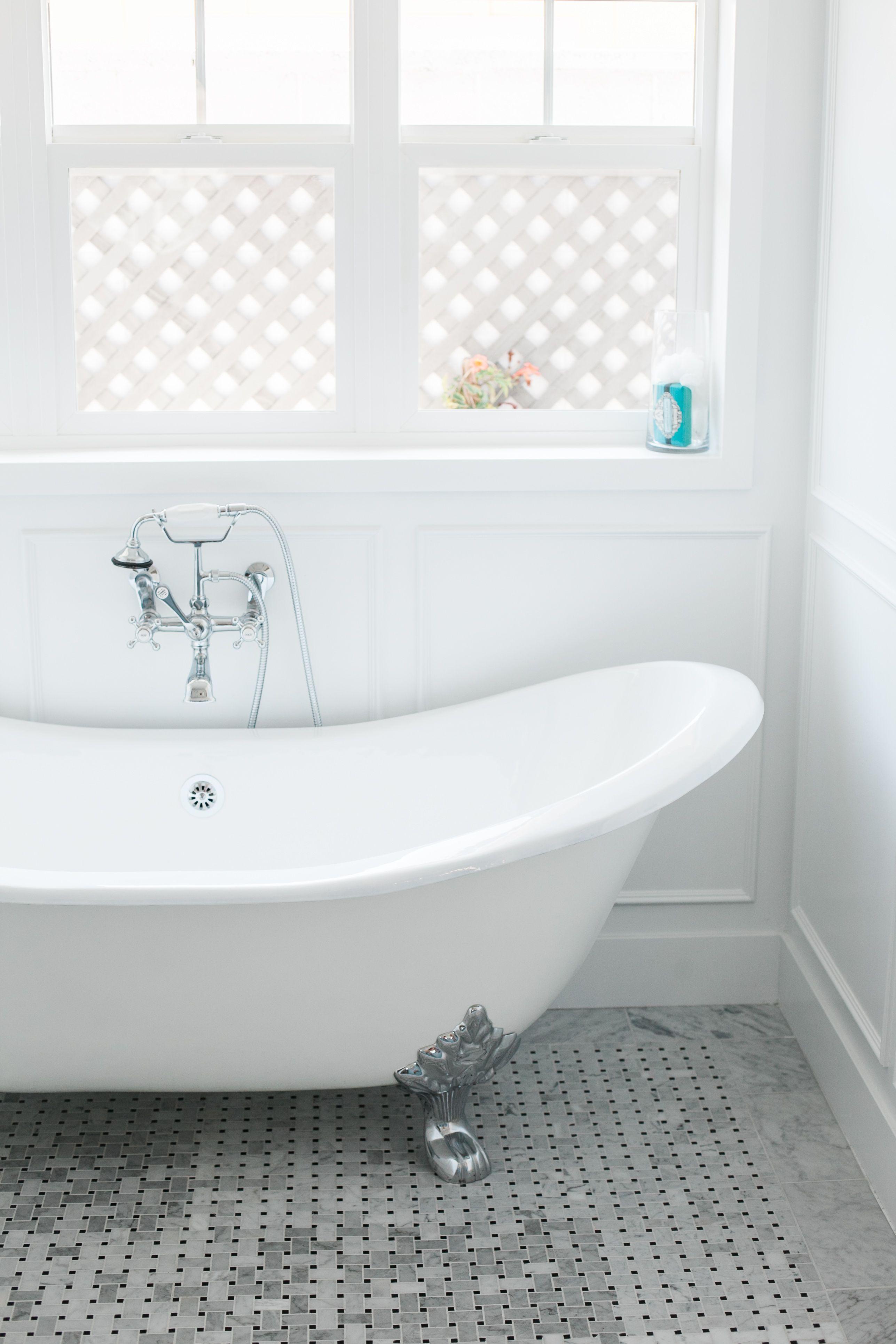 Clawfoot soaking tub - by Rafterhouse. | RAFTERHOUSE | Phoenix ...