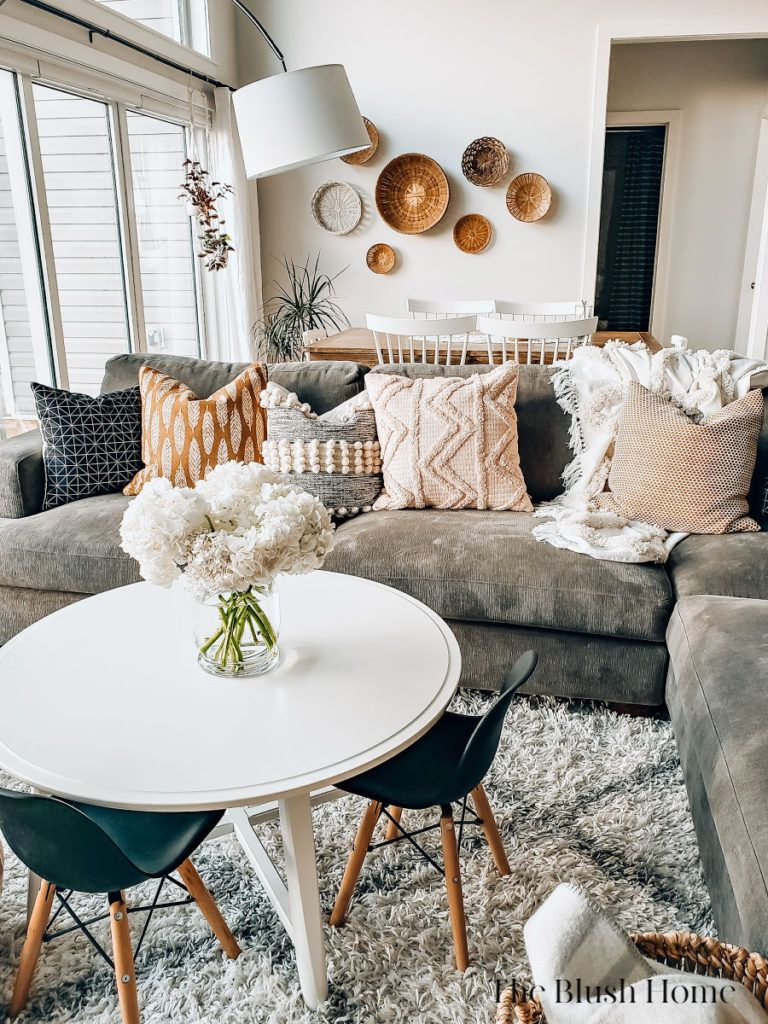 an easy way to make your living room extra cozy living on cozy apartment living room decorating ideas the easy way to look at your living room id=45263