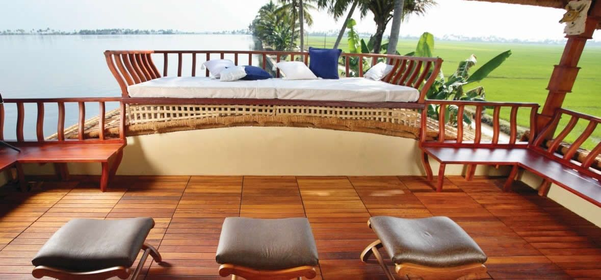 Top Kerala Houseboat Honeymoon Package For Unforgettable Honeymoons