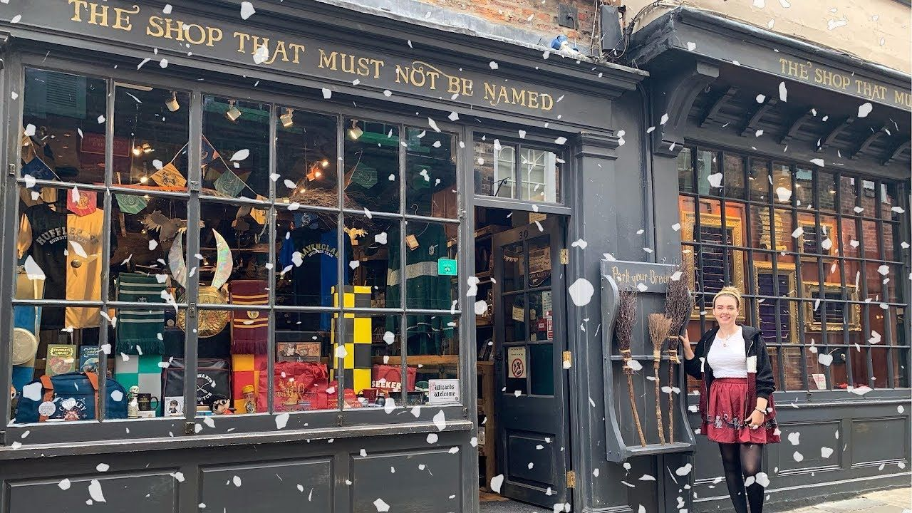 The Shop That Must Not Be Named Top 10 Harry Potter Christmas Gift Ideas Harry Potter Christmas Gifts Harry Potter Christmas Harry Potter
