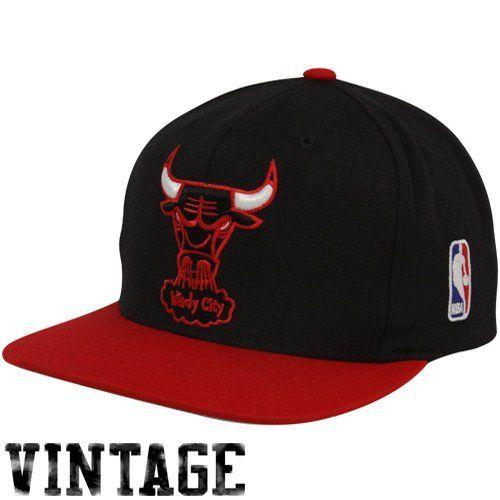 Mitchell & Ness NBAVintage 2-Tone Basic Logo Snapback Chicago Bulls Mitchell & Ness. $14.99. Save 42%!