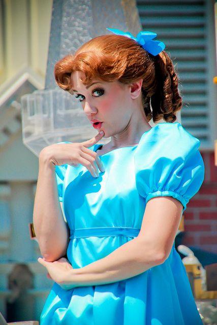 Wendy | Disney princess cosplay, Disney world pictures ...