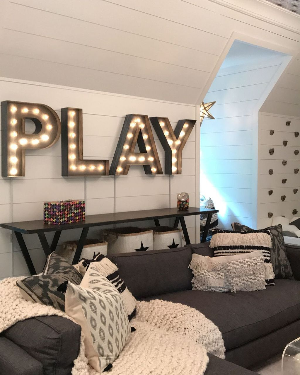 There are some surprising ways to accomplish building on to your home. Awesome Game Room Decor Ideas 33   Toy room decor, Game ...