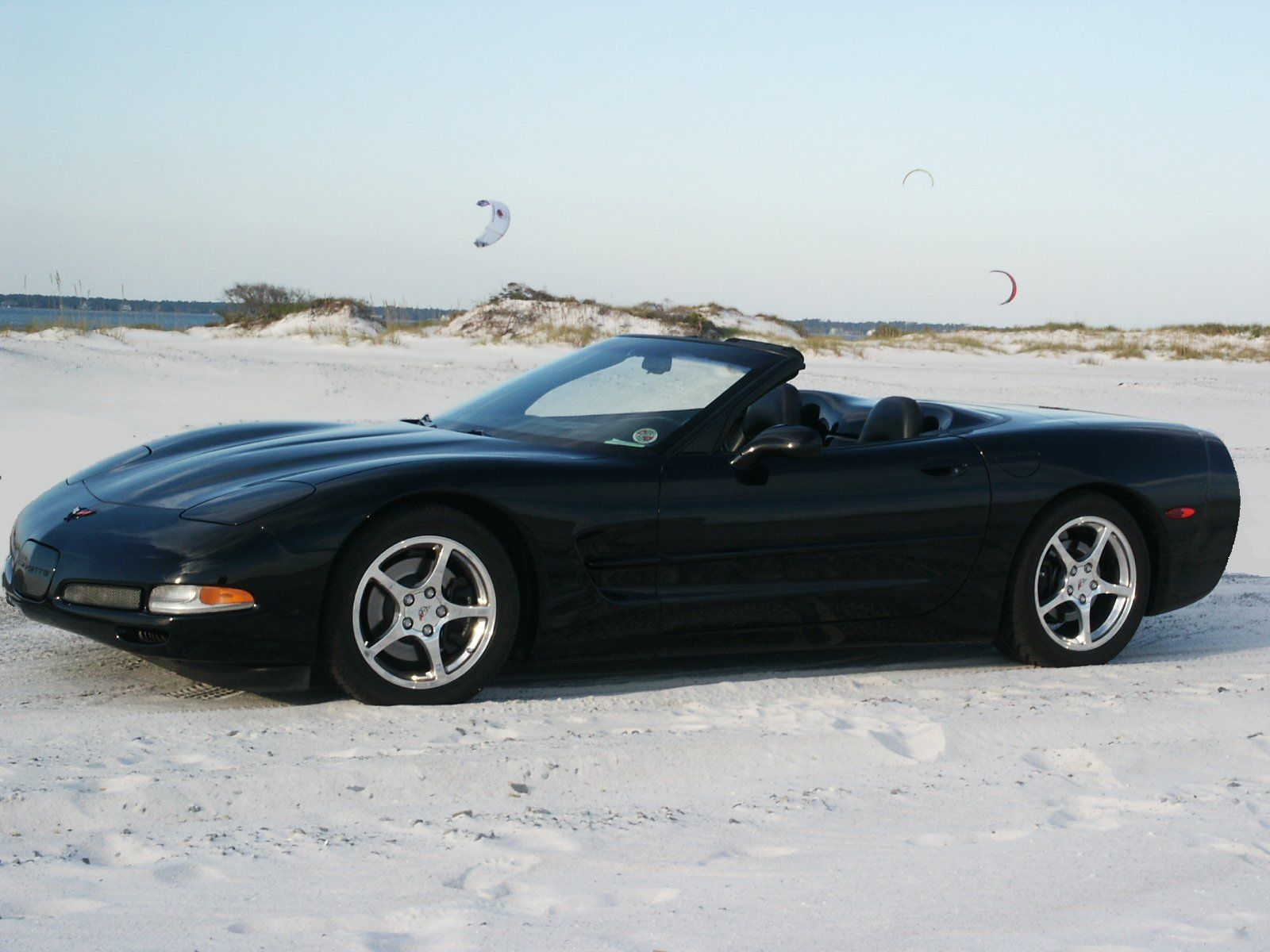 2000 chevrolet corvette convertible corvette u s a 1. Black Bedroom Furniture Sets. Home Design Ideas
