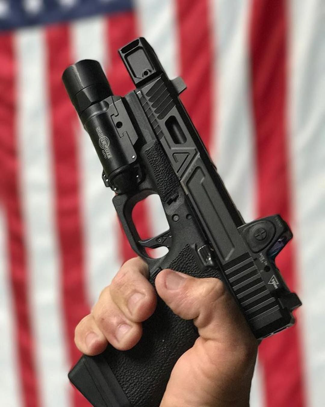 Beautiful Glock 19 rocking an @agencyarms slide and our