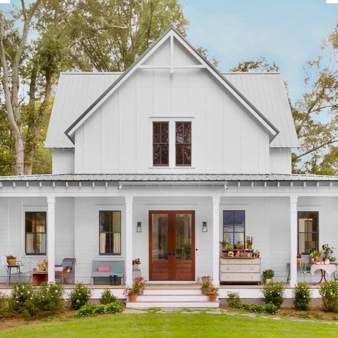 Stephanie Palm Grove Farm On Instagram This Country Farmhouse Has Vintage Pieces With Mo Small Farmhouse Plans Modern Farmhouse Exterior Southern Farmhouse