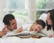 Espaço para os pais:  A quem diga que educar um filho nos dias de hoje é uma tarefa de Hércules. São muitas as alegrias, mas são tantos os conflitos e aflições ao assumir os papéis de pai e mãe que o casal, muitas vezes, entra em pânico. Muitas perguntas passam pelas cabeças dos pais, sentem-se inseguros, desorientados e não têm ainda definidos os seus papéis de educadores. Leia mais em:  http://lucimarestreladamanha.blogspot.com.br/2011/07/espaco-dos-pais.html