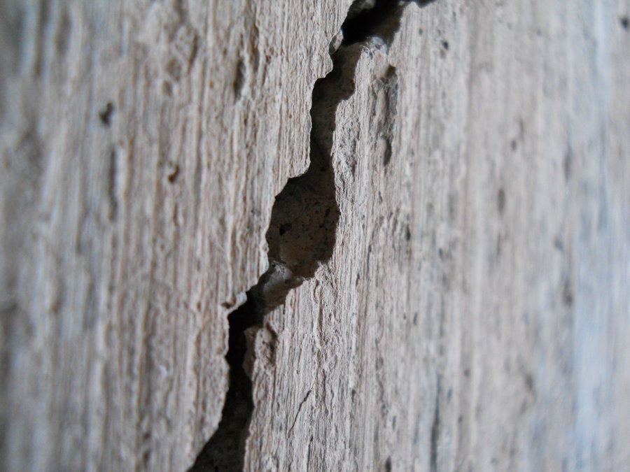 Réparer Une Fissure Sur Le Mur