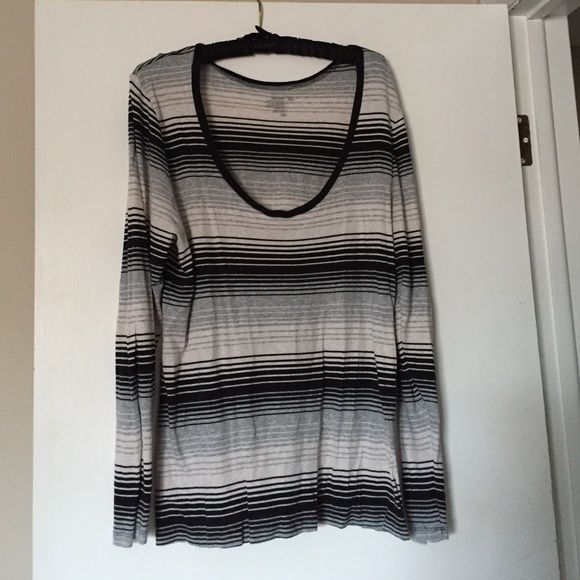 Striped sweater Black, gray and white striped cotton blend sweater from Old Navy. Size XXL. Smoke free home. Old Navy Sweaters Crew & Scoop Necks