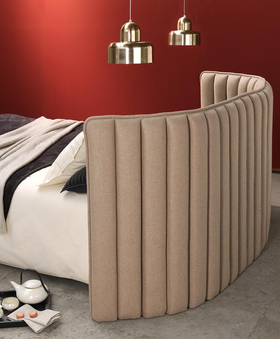 e76955112945fb BOUDOIR tête de lit en tissu - Habitat   La liste   Pinterest   Bed ...