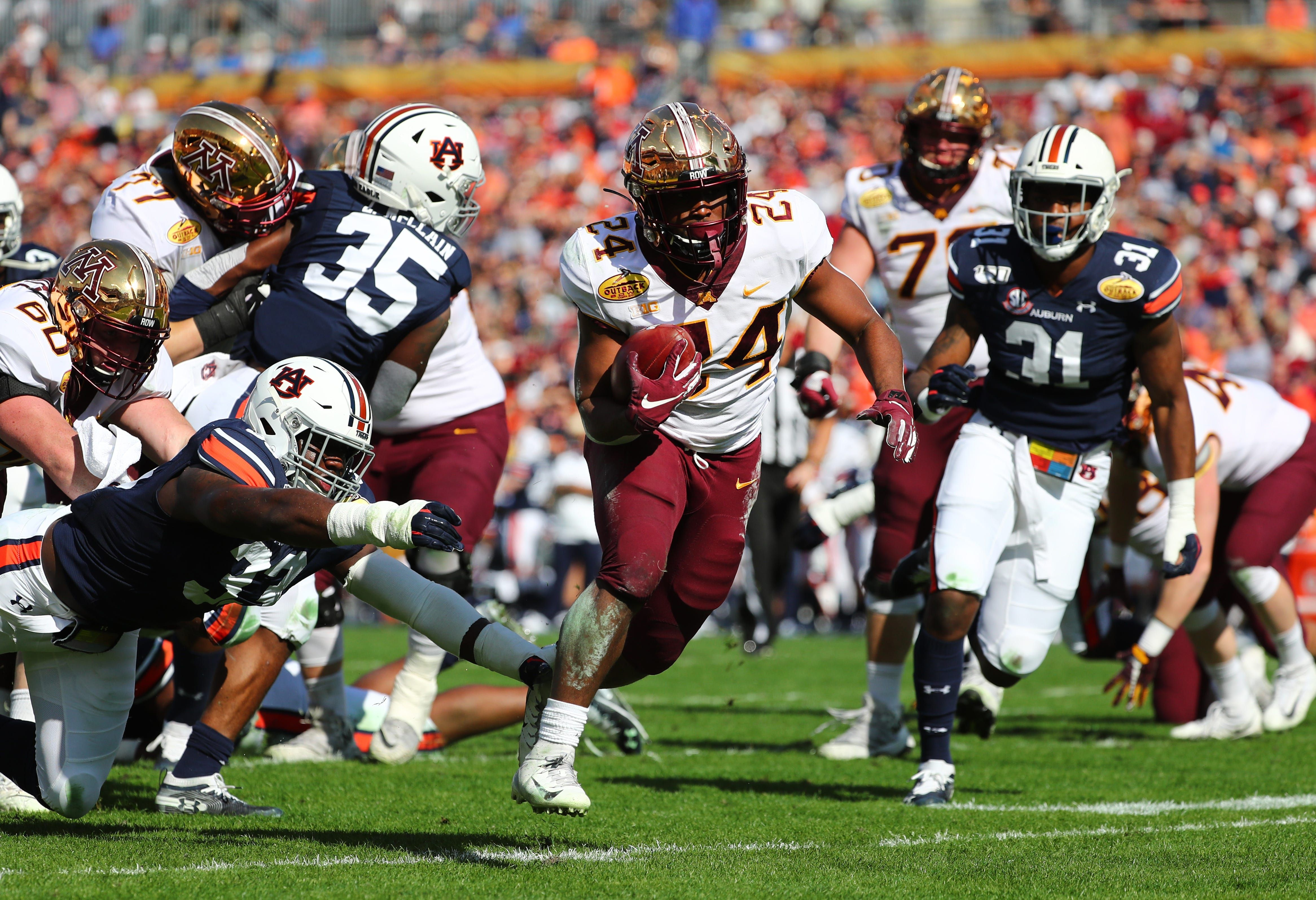 Season grades for all 130 college football teams in the