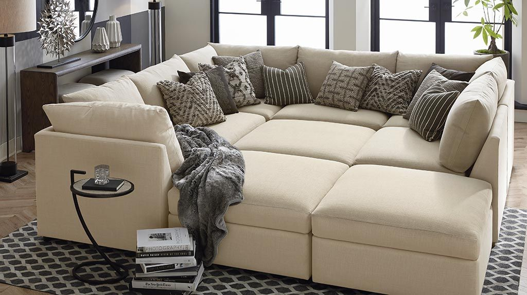 Living Space We Love Rooms We Love Bassett Furniture Couches