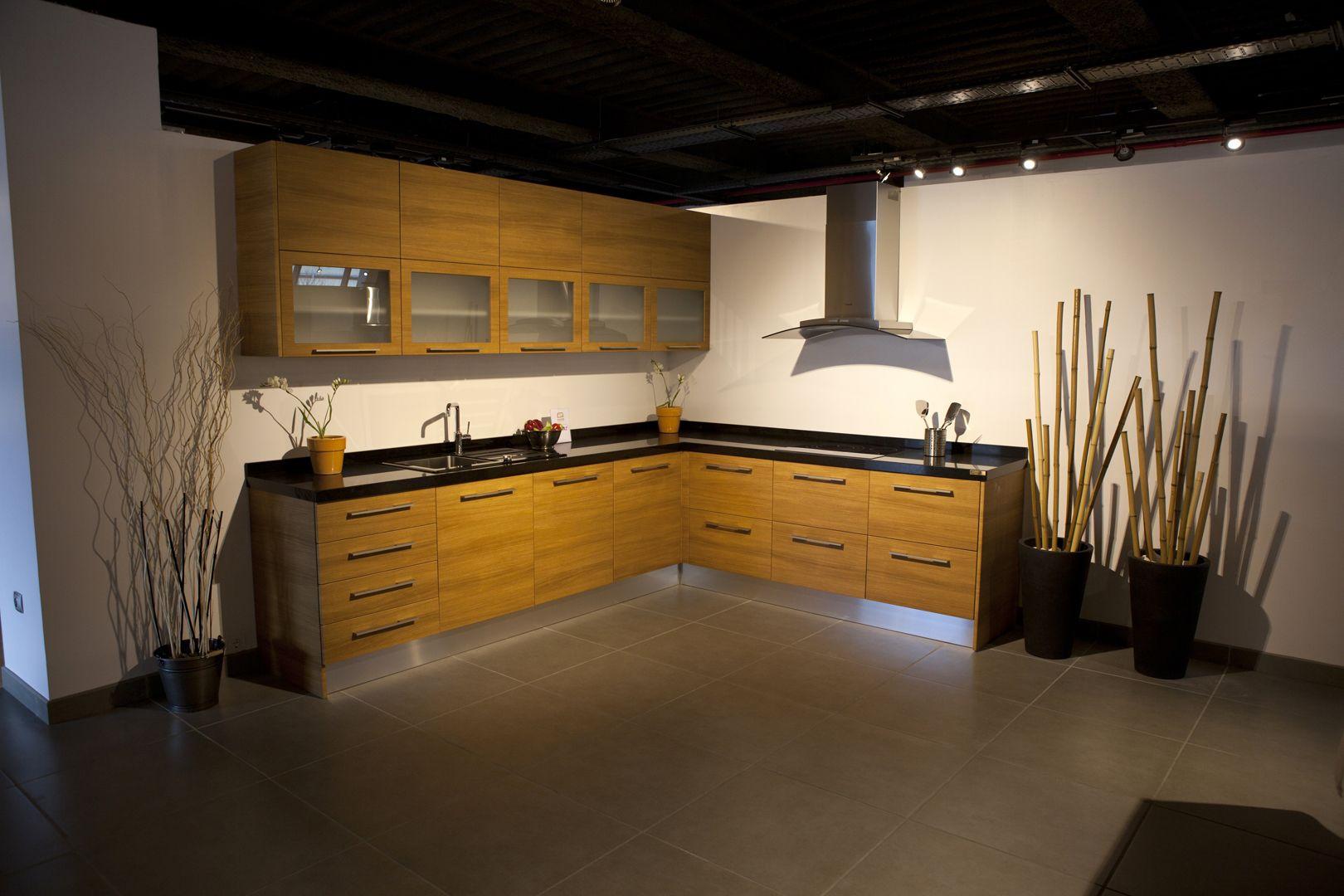Modelos de cocina con puerta iba eta teka de - Muebles de cocina en bilbao ...