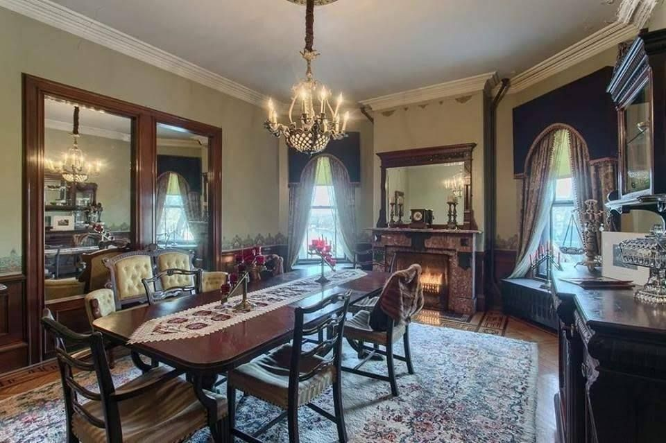 1892 Hoyt Mansion In Lowell Massachusetts With Images House