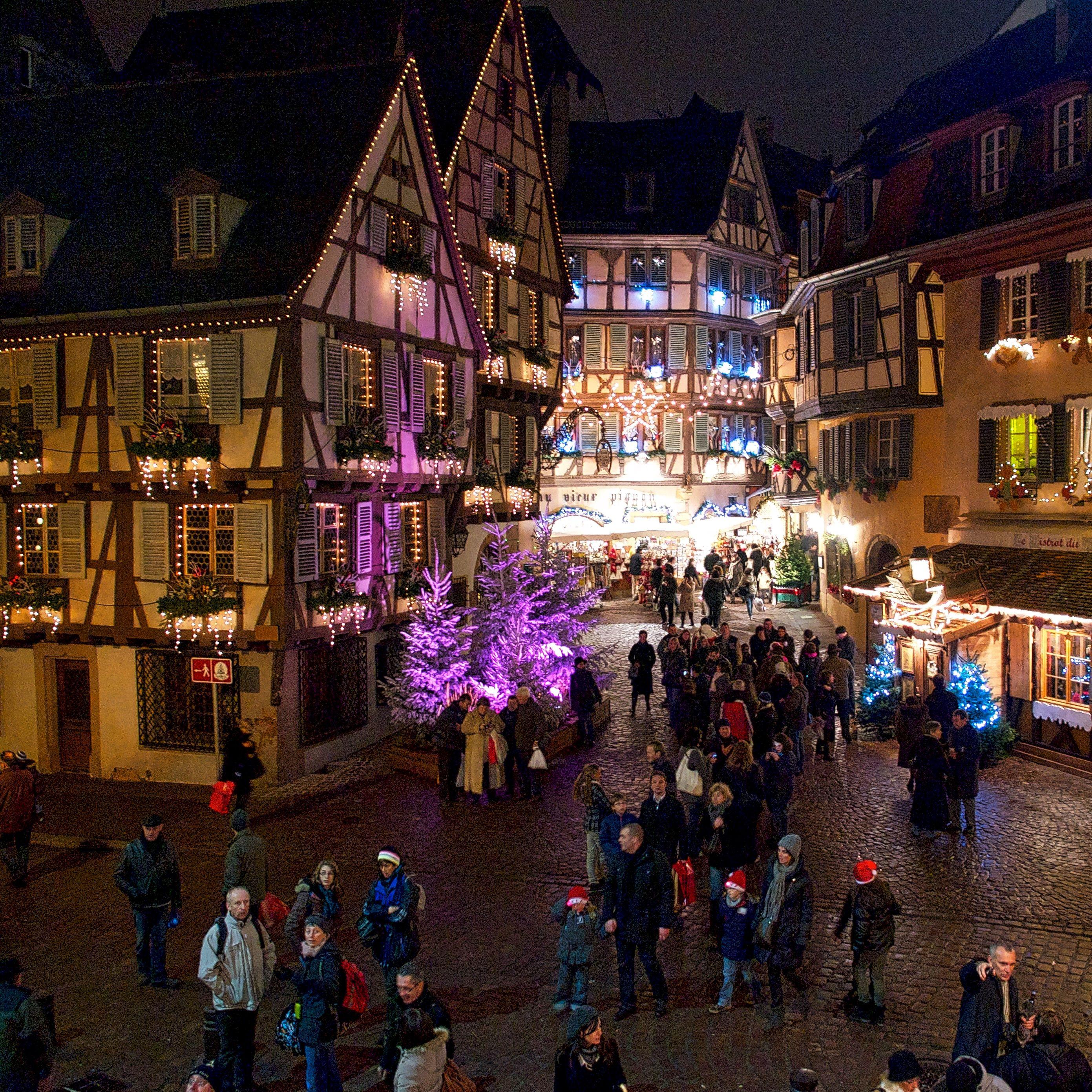 Colmar Weihnachtsmarkt.Der Weihnachtsmarkt Marché De Noel In Colmar Im Elsaß