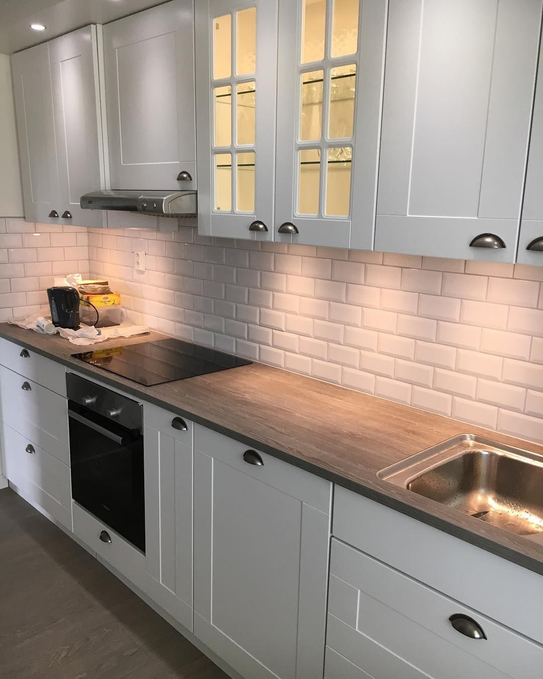 Kok Snickare Designe Kvik Ikea Marbodal Eboq Small Kitchen Decor Kitchen Design Small Kitchen Design