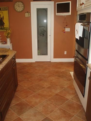 Spiced Cider By Sherwin Williams Interior Wall Colors Paint Colors Orange Paint Colors