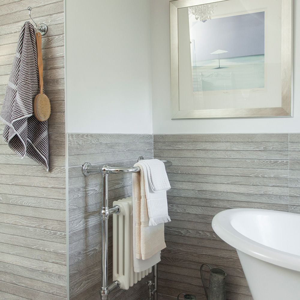 Modern bathroom with grey wood effect tiling   Ideas for the House ...